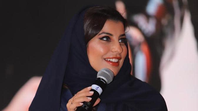 Fimela Fest 2020: Aseel Al-Hamad, Perempuan Pertama Jadi Pembalap F1 di Arab Saudi