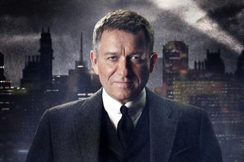 Batman Prequel 'Gotham' Reveals First Look at Alfred Pennyworth, Selina Kyle (Photos)