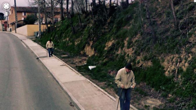 Kesalahan di dalam matriks (Jon Rafman/Google Street View)