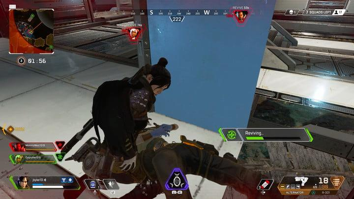 Reviving a teammate | Be careful when reviving teammates | Apex Legends Beginner's Guide
