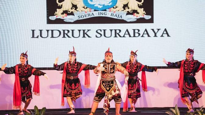 Potret Parade Seni Budaya Surabaya 2020 virtual, tetap meriah. (Sumber: Instagram/@surabayasparkling)