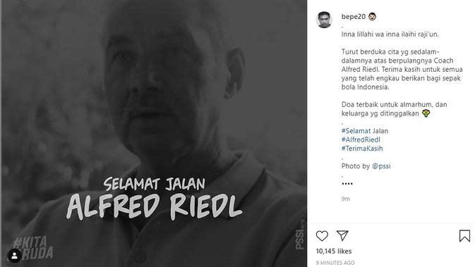 Bambang Pamungkas mengucapkan duka cita atas meninggalnya mantan pelatih Timnas Indonesia Alfred Riedl. (foto: https://www.instagram.com/bepe20)
