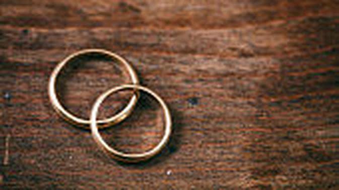 Ilustrasi cincin pernikahan. (iStockphoto)