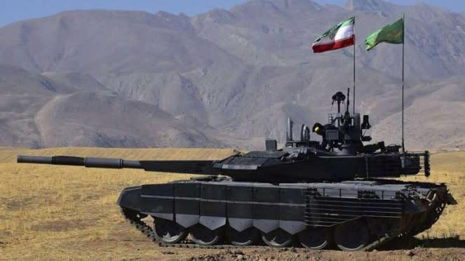VIVA Militer: Tank Angkatan Bersejata Iran (Artes) di perbatasan Azerbaijan