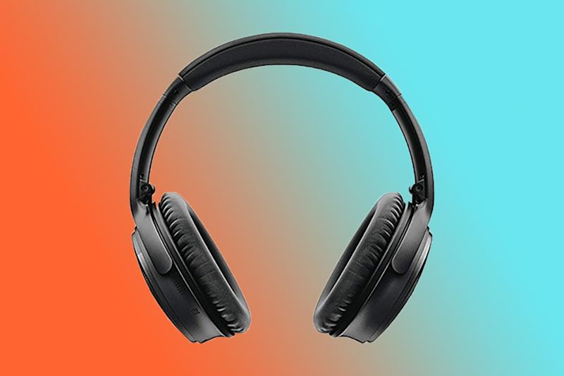 Save on premium headphones on Black Friday (Photo: Amazon)