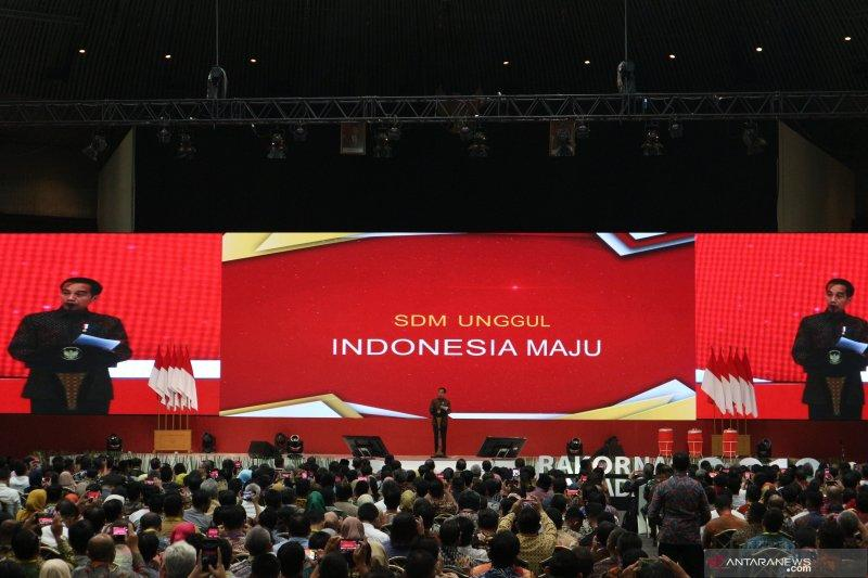 Presiden Jokowi tantang bank buka cabang di Wamena