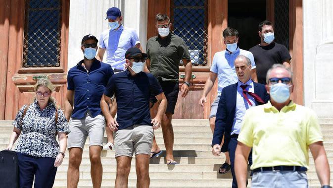 Pemain bernomor punggung lima di Manchester United itu diketahui berada di Pulau Mykonos, Yunani, untuk menghabiskan masa liburan bersama keluarga dan teman-temannya. (AP/Michael Varaklas)