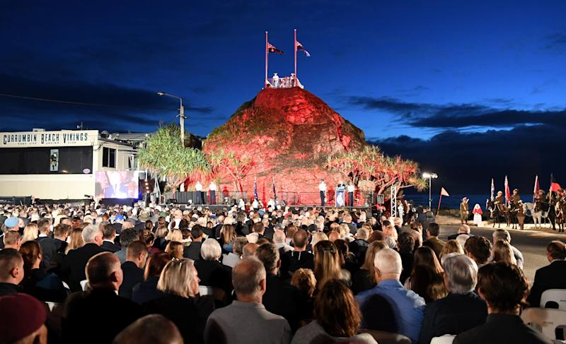 General view during the Anzac Day dawn service at Elephant Rock in Currumbin on the Gold Coast in 2018. Source: AAP