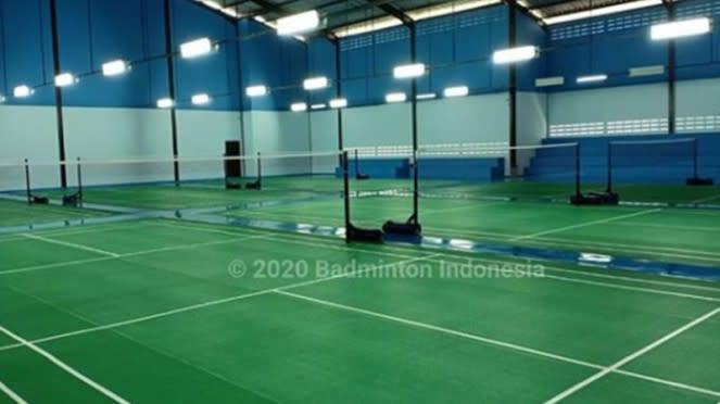 VIVA Bulutangkis: Lapangan Gideon Badminton Hall.