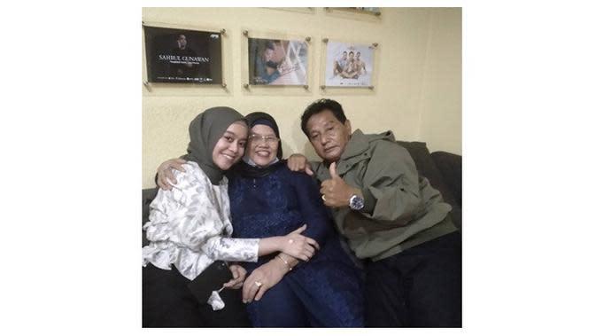 Keluarga Lesty Kejora dan Rizky Billar (Sumber: Instagram/danieleddy46)