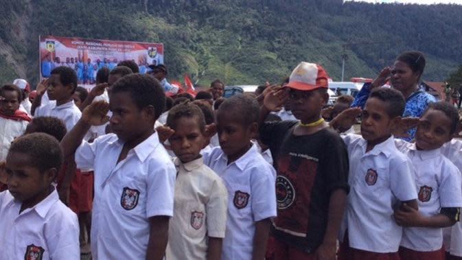 Balada Anak-Anak Pedalaman Papua di Era Belajar Pakai Zoom