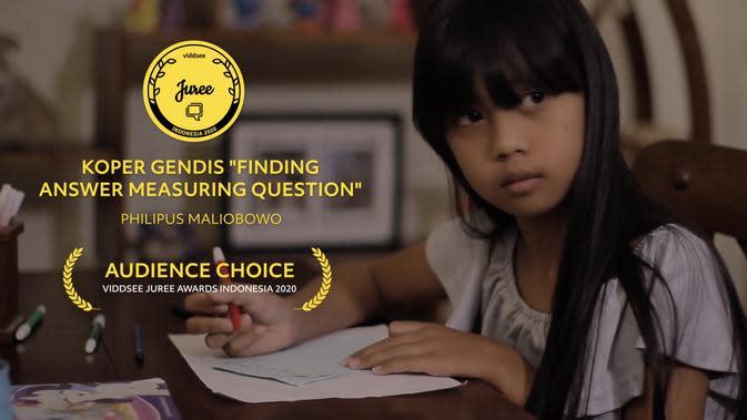 Film Koper Gendis: Mencari Jawab Menakar Tanya karya Philipus Maliobowo meraih Audience Choice Award dalam Viddsee Juree Awards Indonesia 2020. (Sumber: Dok. Viddsee)