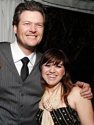 Blake Shelton to Officiate Kelly Clarkson's Wedding
