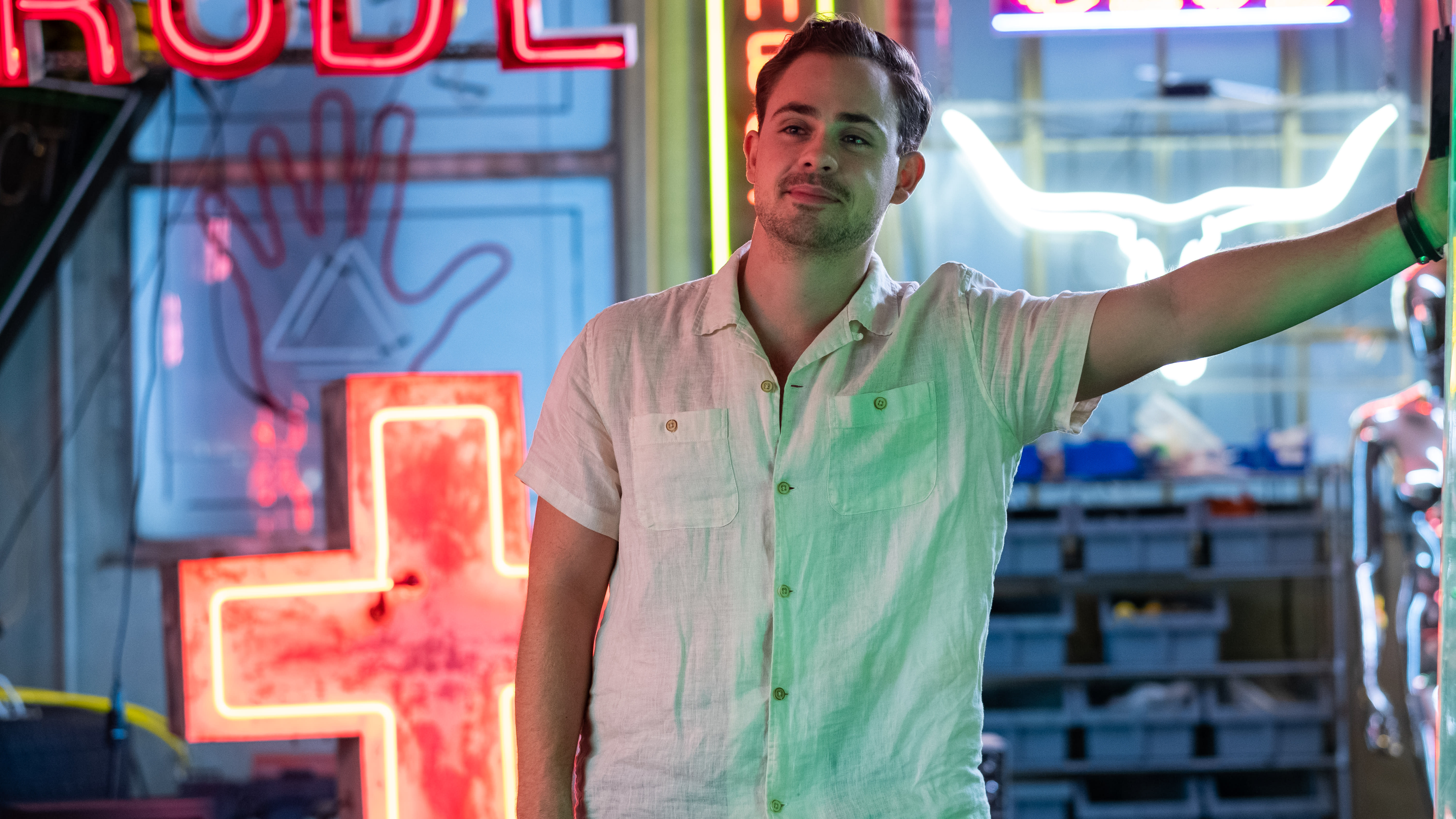 Dacre Montgomery in 'The Broken Hearts Gallery'. (Credit: George Kraychyk/TriStar Pictures)