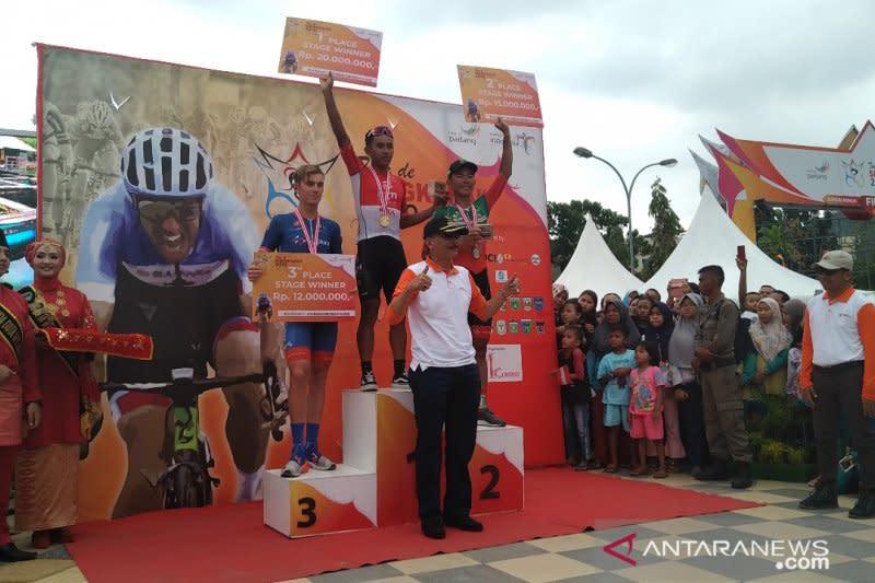 Jamalidin tercepat pada Etape Delapan Tour de Singkarak