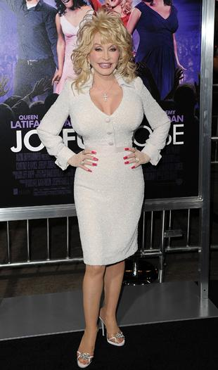 Dolly Parton Stuns at 'Joyful Noise' Premiere