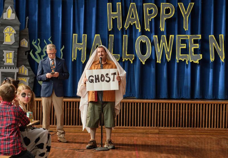 Hubie Halloween, Adam Sandler as Hubie Dubois. (Scott Yamano/NETFLIX ©2020)