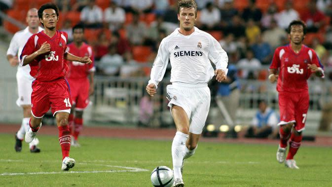 Petualangan Beckham di Real Madrid dimulai pada bursa transfer musim panas 2003. Saat itu, Becks ditebus Los Blancos dari Manchester United seharga 37,5 juta euro atau sekitar Rp602 miliar. (AFP/Saseed Khan)
