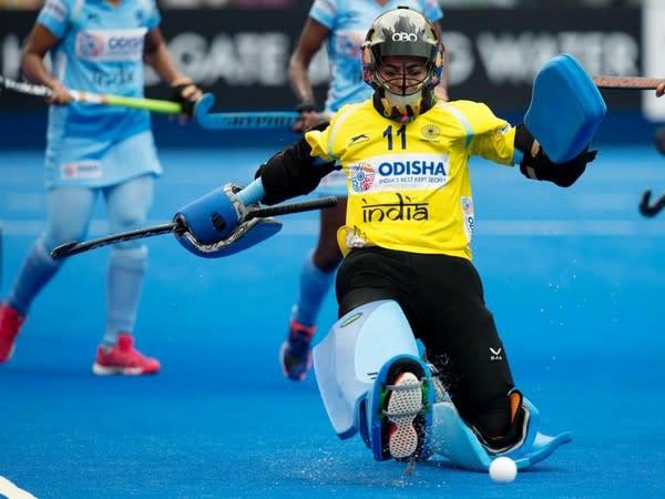 Indian women's goalkeeper Savita (Photo/ Hockey India)