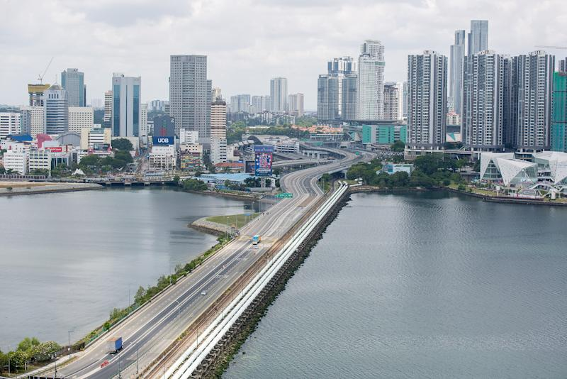 A trickle of traffic seen along the Causeway linking Malaysia and Singapore on 18 March 2020, the first day of Malaysia's two-week border lockdown. (PHOTO: Dhany Osman / Yahoo News Singapore)
