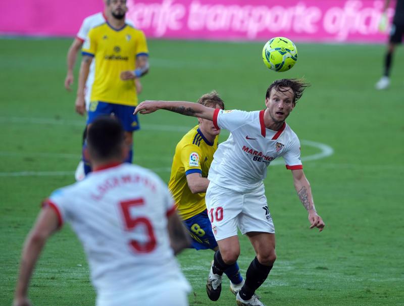 Sevilla midfielder Ivan Rakitic will make a quick return to his former club Barcelona in this weeks top LaLiga clash. (PHOTO: LaLiga Santander)