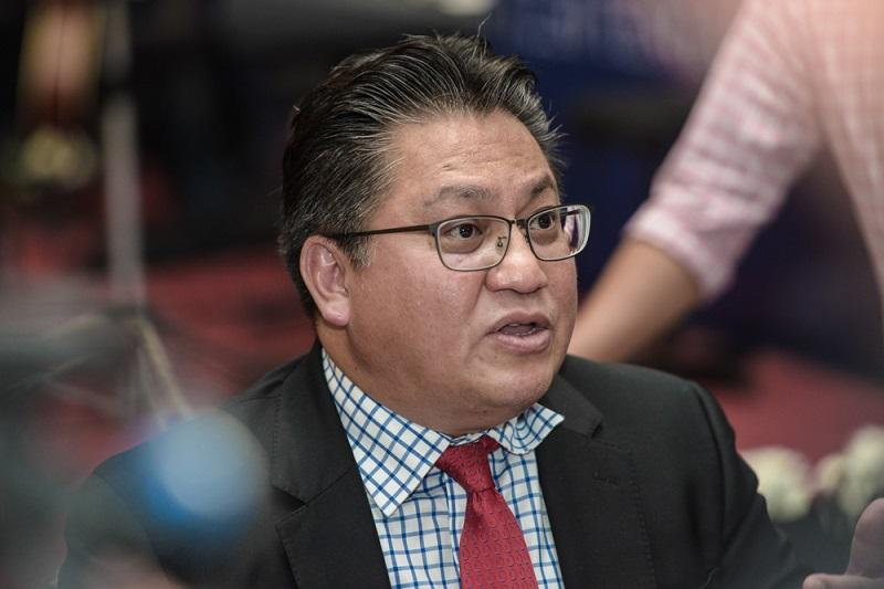 Nur Jazlan opined that Bersatu was likely to share the fate of defunct Umno offshoot, Semangat 46. — Picture by Shafwan Zaidon