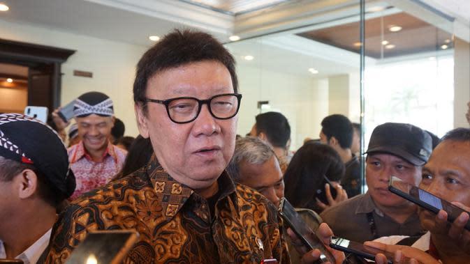 Tjahjo Kumolo Minta Pengurus PDIP se-Indonesia Datangi Polisi Minta Usut Pembakaran Bendera Partai