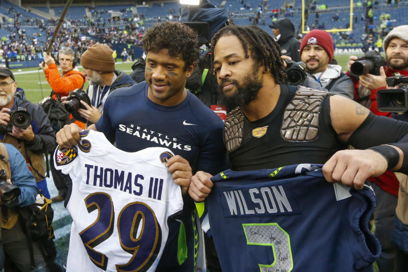 While Earl Thomas made time to catch up with former teammates, he had no love for Pete Carroll on Sunday. (Joe Nicholson-USA TODAY Sports)
