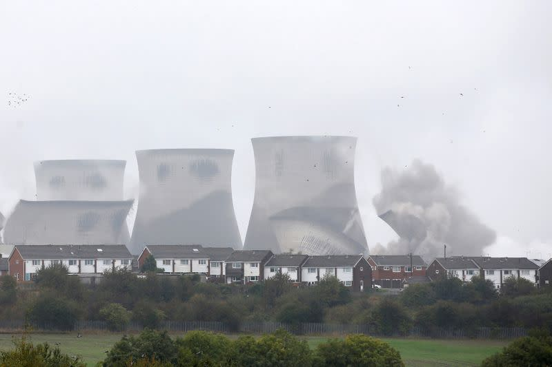 Britain poised to hit two months without power from coal plants
