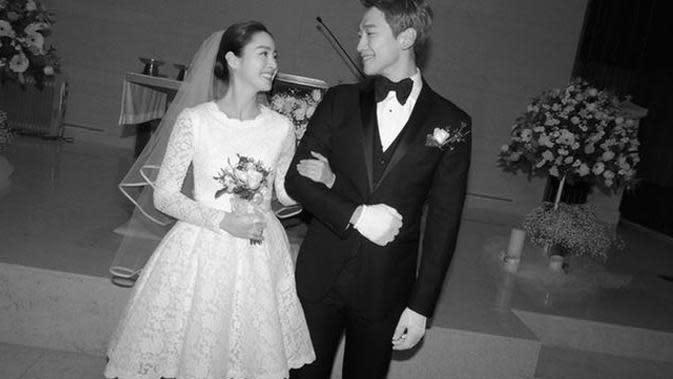 Pernikahan Rain dan Kim Tae Hee pada 19 Januari 2017. (foto: Soompi)