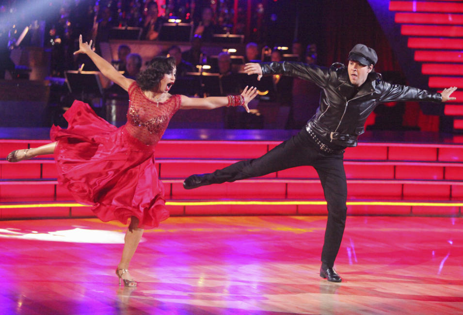 "Karina Smirnoff and Gavin DeGraw perform on ""Dancing With the Stars."""