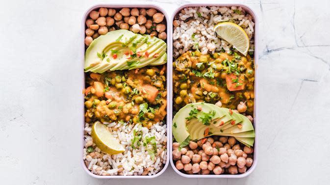 Peralatan makan terpisah. ilustrasi resep bekal makan saat new normal/pexels