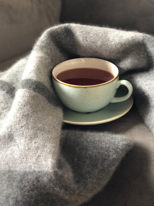 ilustrasi manfaat minuman teh kunyit untuk kesehatan tubuh yang jarang diketahui/Olga Mironova/pexels