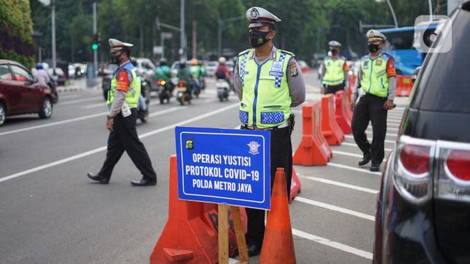 Menyetir Mobil Sendirian Tak Bermasker Kena Sanksi, Polisi: Disiplin Pribadi