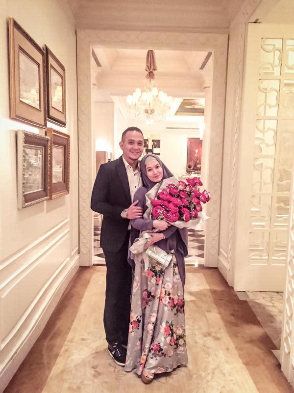 Lyra Virna dan Fadlan Muhammad (Sumber: Instagram//fadlanmuhammad/)