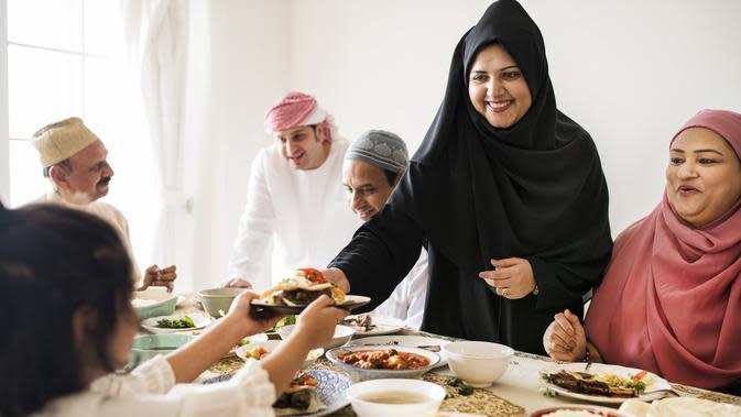 Ilustrasi Merayakan Idul Fitri Credit: freepik.com