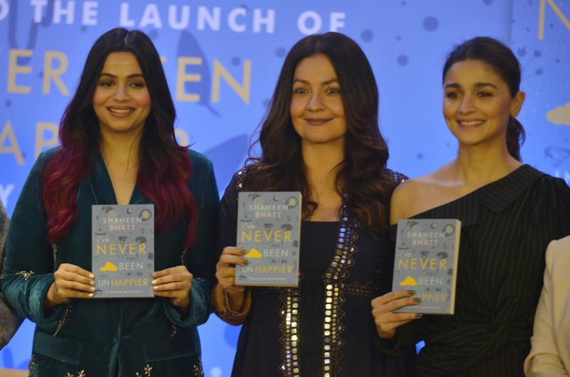 Pooja Bhatt, Shaheen Bhatt and Alia Bhatt at Shaheen Bhatt's debut book launch -'I've never been (un) happier' in Mumbai on December 04, 2019. (Photo by Milind Shelte/India Today Group/Getty Images)