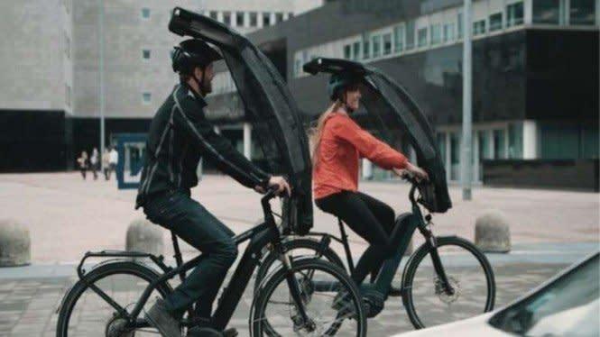 Ada-ada Saja, Payung Ini Dirancang Khusus Untuk Pesepeda