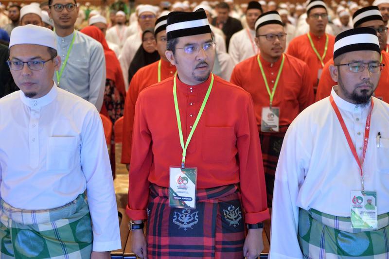 Umno Youth chief Datuk Asyraf Wajdi Dusuki attends the Dewan Pemuda during Muktamar 2019 in Gambang, Pahang June 19, 2019. — Picture by Mukhriz Hazim