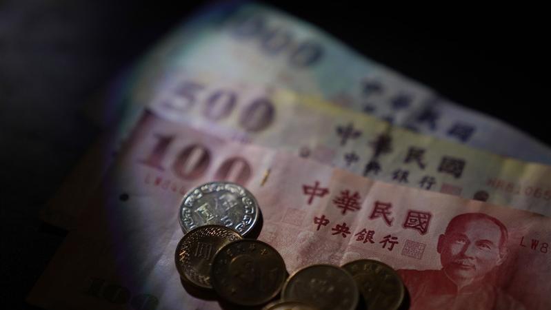 行政院預計將發1600億振興券,你是否贊成?