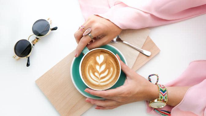 ilustrasi cara mudah membuat latte art ala kafe di rumah/The Lazy Artist Gallery/pexels