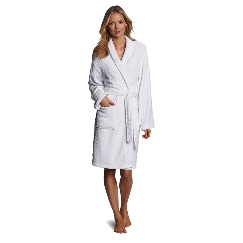 Hotel Spa Collection Herringbone Textured Plush Robe in white. Image via Amazon.