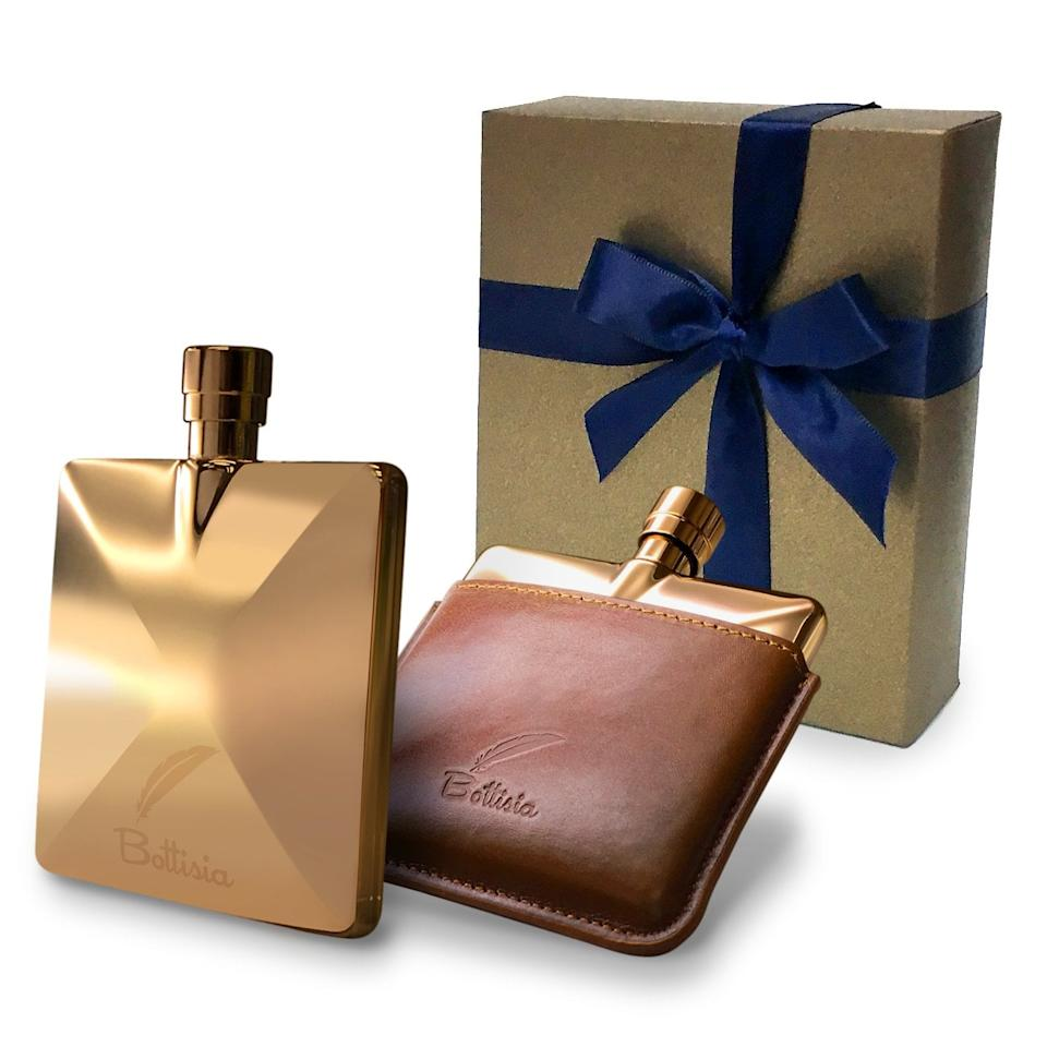 "<p>This <a href=""https://www.popsugar.com/buy/Rose-Gold-Flask-Bottisia-485663?p_name=Rose%20Gold%20Flask%20by%20Bottisia&retailer=amazon.com&pid=485663&price=45&evar1=yum%3Aus&evar9=46561084&evar98=https%3A%2F%2Fwww.popsugar.com%2Ffood%2Fphoto-gallery%2F46561084%2Fimage%2F46561156%2FBottisia-Rose-Gold-Flask&list1=accessories%2Calcohol&prop13=api&pdata=1"" rel=""nofollow"" data-shoppable-link=""1"" target=""_blank"" class=""ga-track"" data-ga-category=""Related"" data-ga-label=""https://www.amazon.com/dp/B075H7JY8L/ref=sspa_dk_detail_4?psc=1&amp;pd_rd_i=B075H7JY8L&amp;pd_rd_w=dHTDh&amp;pf_rd_p=45a72588-80f7-4414-9851-786f6c16d42b&amp;pd_rd_wg=ZgTqO&amp;pf_rd_r=12PTKZ6X7GFBXWF6MZ37&amp;pd_rd_r=68e12c67-e4b5-42f4-8c29-e26a53b9c643&amp;spLa=ZW5jcnlwdGV"" data-ga-action=""In-Line Links"">Rose Gold Flask by Bottisia</a> ($45) is so sleek and chic and will look great with any outfit you wear.</p>"