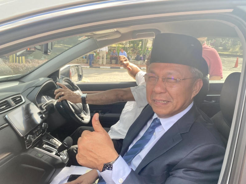 Johor Umno chief and Benut assemblyman Datuk Hasni Mohammad is scheduled to be sworn in today as the state's 18th mentri besar, several sources told Malay Mail. — Picture by Ben Tan