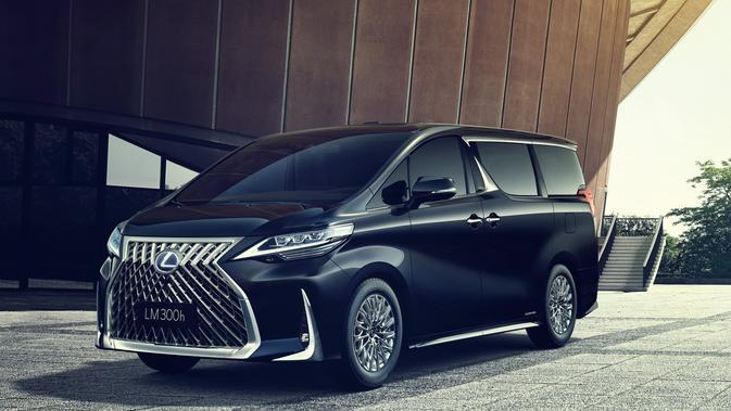 Toyota Yakin Konsumen Alphard Tak Berpaling ke Lexus LM