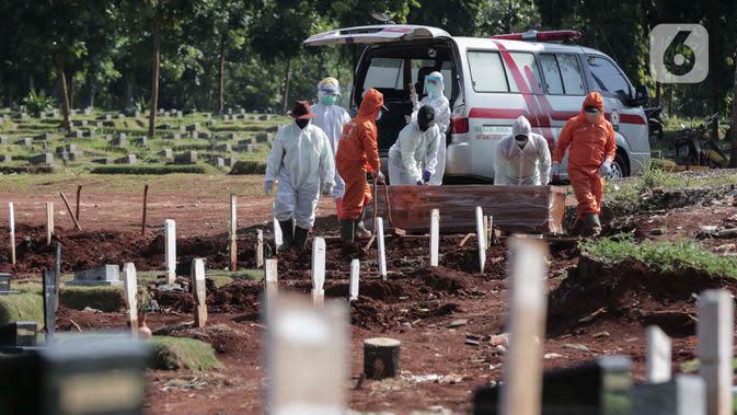 Cerita Penggali Kubur TPU Pondok Ranggon: Jam 05.00 WIB Sudah Antre 8 Mobil Jenazah