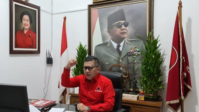 Sekjen PDIP Hasto Kristiyanto Keliling Surabaya Pantau Penghijauan