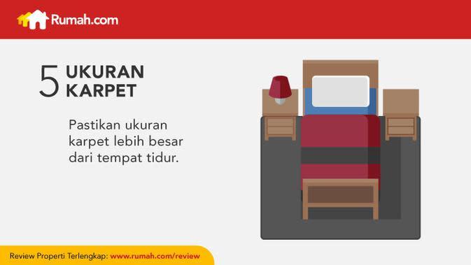 Sekalipun tujuannya sebagai dekorasi, hindari penggunaan karpet yang hanya menutupi sebagian area dari tempat tidur Anda.