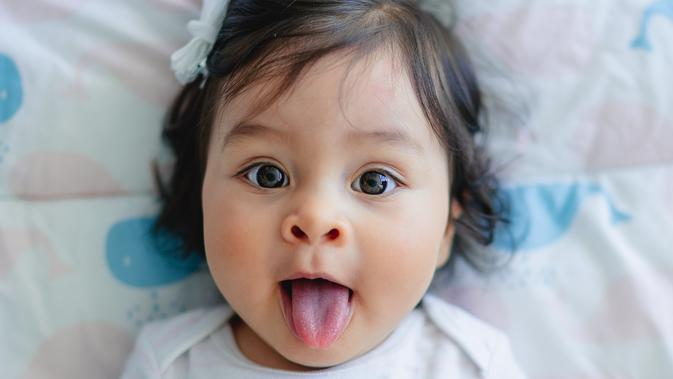 ilustrasi bayi lucu/Photo by Juan Encalada on Unsplash
