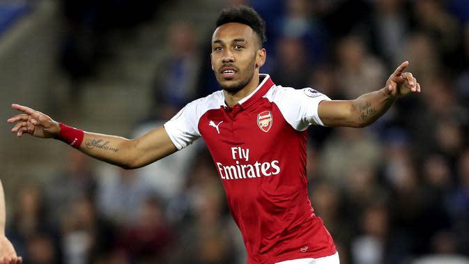 7. Pierre-Emerick Aubameyang (Arsenal)- Striker The Gunners ini terkenal sangat merepotkan barisan pertahanan lawan. Kecepatannya Di gim FIFA 20 mencapai 94. (AP/David Davies)